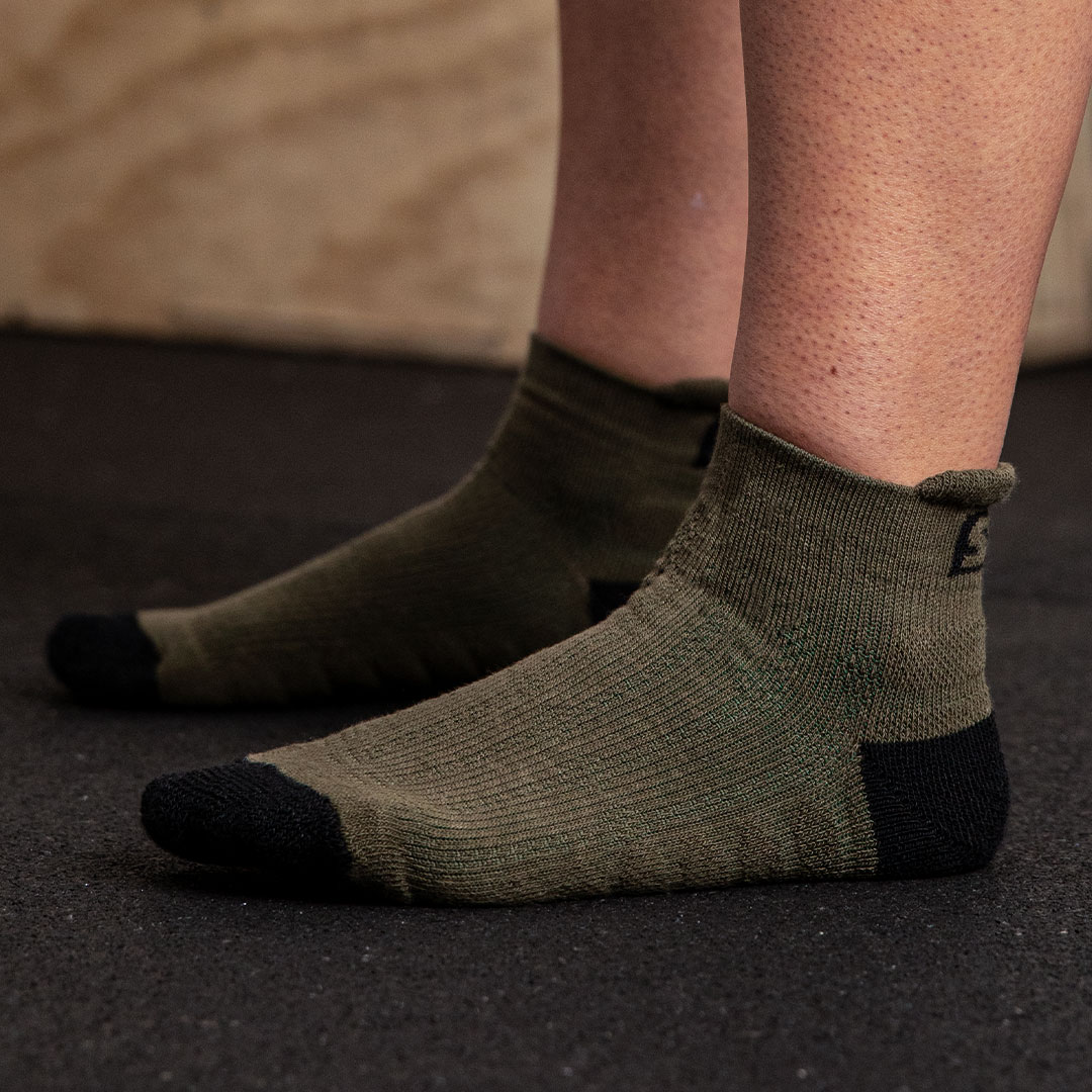 TRAINER-SOCKS-GREEN-02